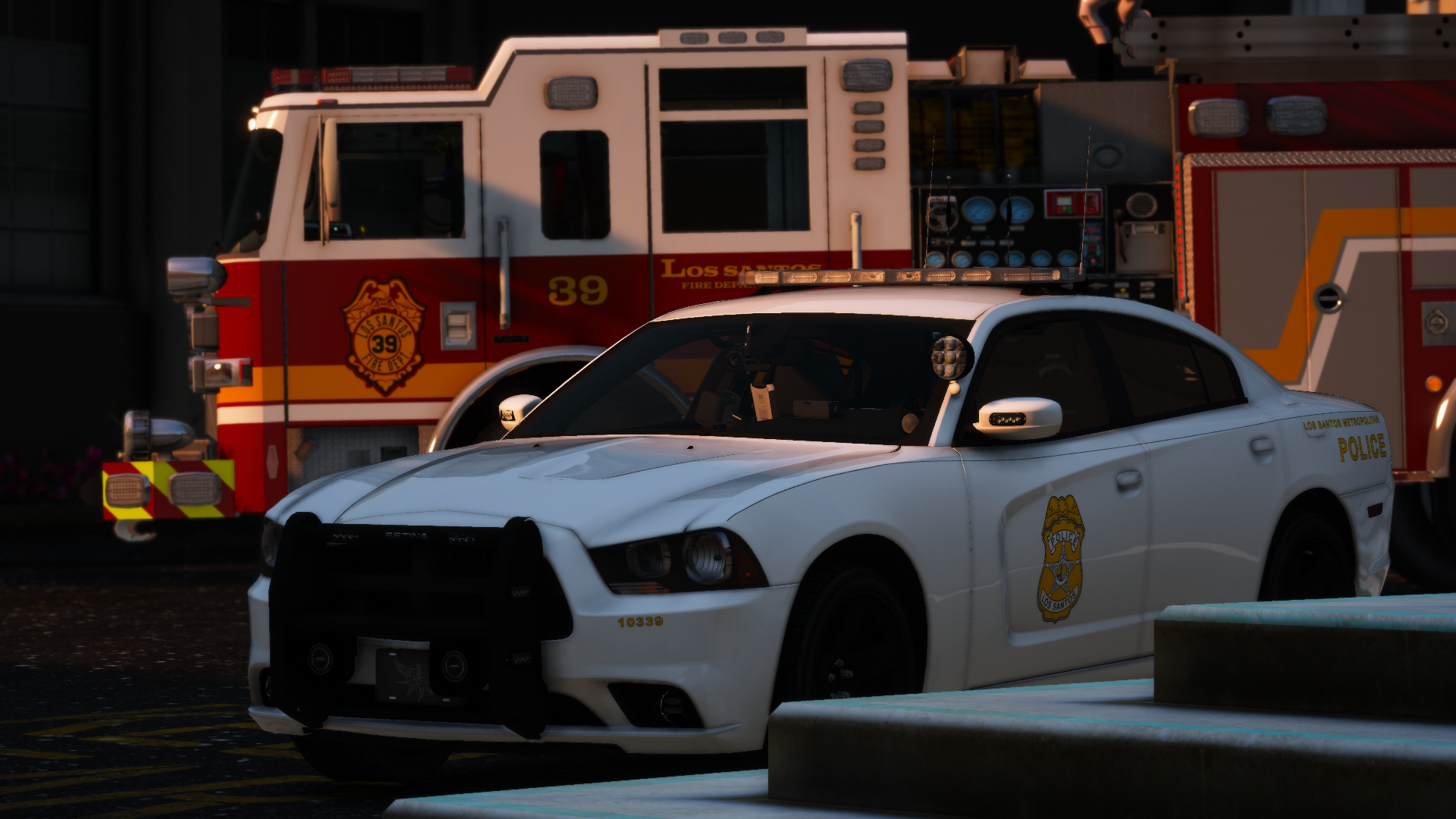 Engine 39 and LSMPD Charger